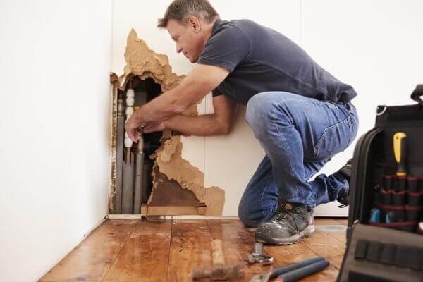Teure Reparaturen an Haus und Wohnung und wie Sie sie vermeiden